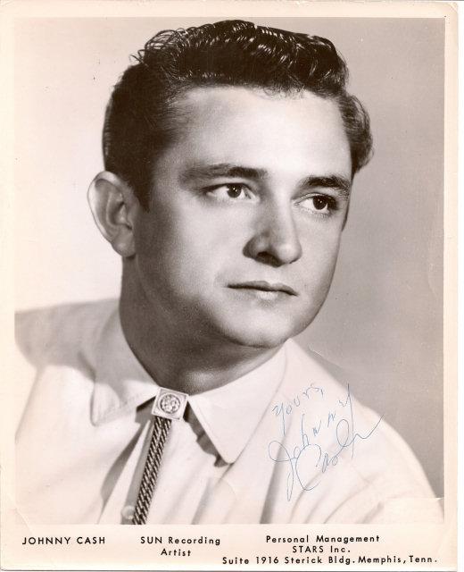 Johnny_Cash_Promotional_Photo JR Cash