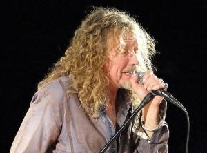 800px-Robert_Plant_-_Band_of_Joy